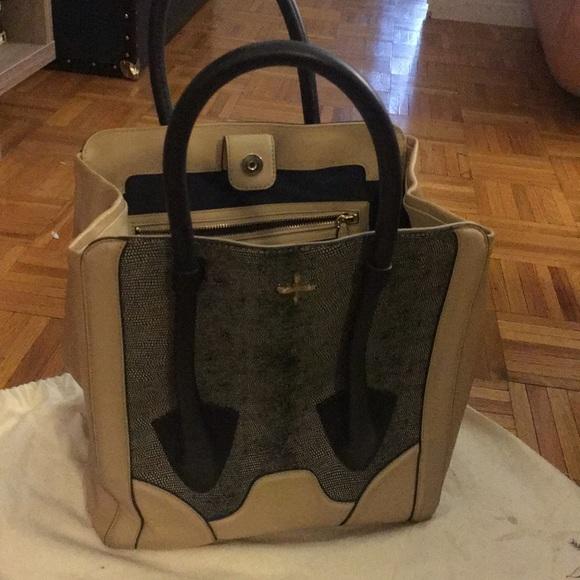 Pour La Victoire Bags   Bag   Poshmark e4d880284c